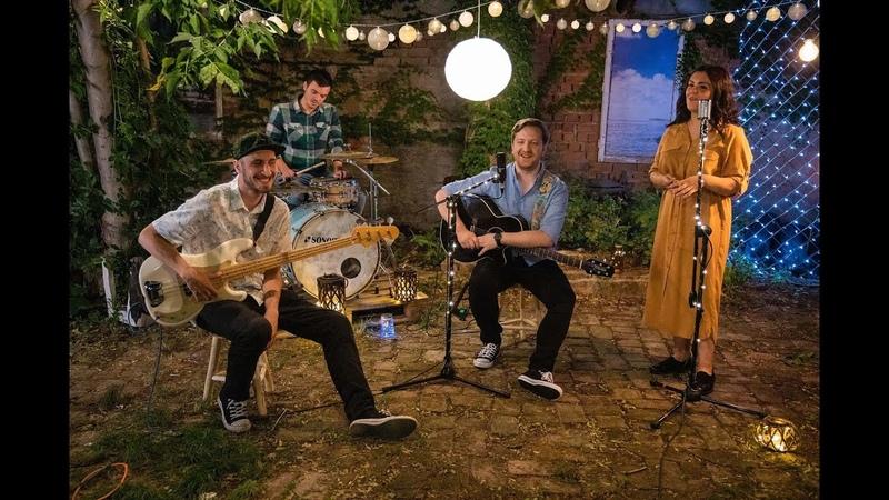 Umbra x Ana Coman - Căzuți din lună   Official Music Video   2019