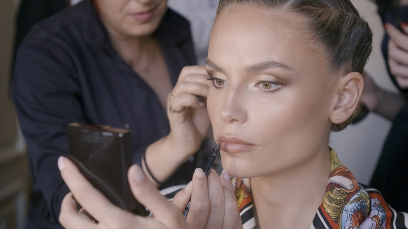 Natasha Poly's tips for the perfect pose Get Ready With Me Vogue Paris