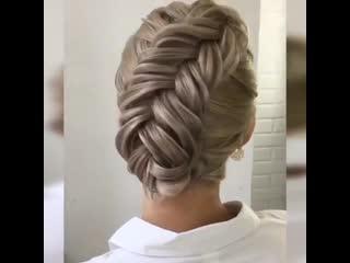 Красивую косичку можно заплести даже, если у тебя нет длинных волос