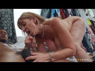 Sara Jay - Bring me the manager  [White Girl, MILF, Fake Tits, Big Tits, HD, Full-HD, Shop, Young]