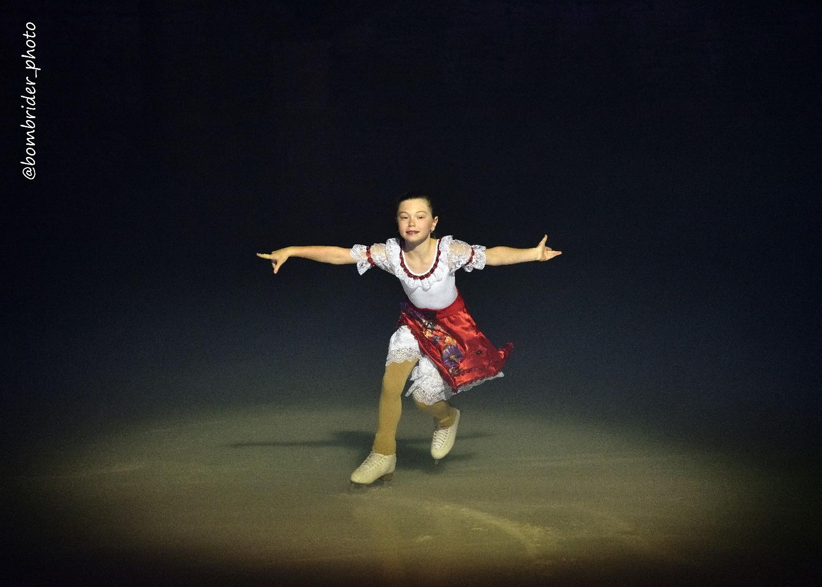 Мария Петрова-Алексей Тихонов - Страница 7 3AEIeNasHpE