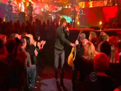 Dierks Bentley Am I The Only One Live at the 46th ACM Awards 2011