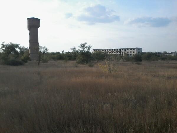 Заброшенный военный городок