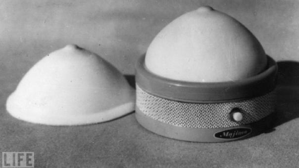Грудь со стуком сердца. США, 1963 год.