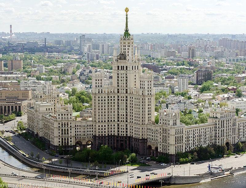 Квартира для семьи профессора в знаменитой сталинской высотке в Москве || 01