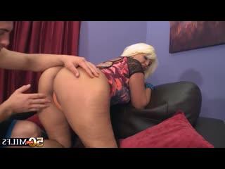 Молодой трахает бабушку, milf granny mature mom woman sex porn family ass tit bbw boob cum new (Инцест со зрелыми мамочками 18+)
