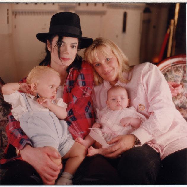 Дамы сердца Майкла Джексона. Дебби Роу: друг познается в беде, изображение №6