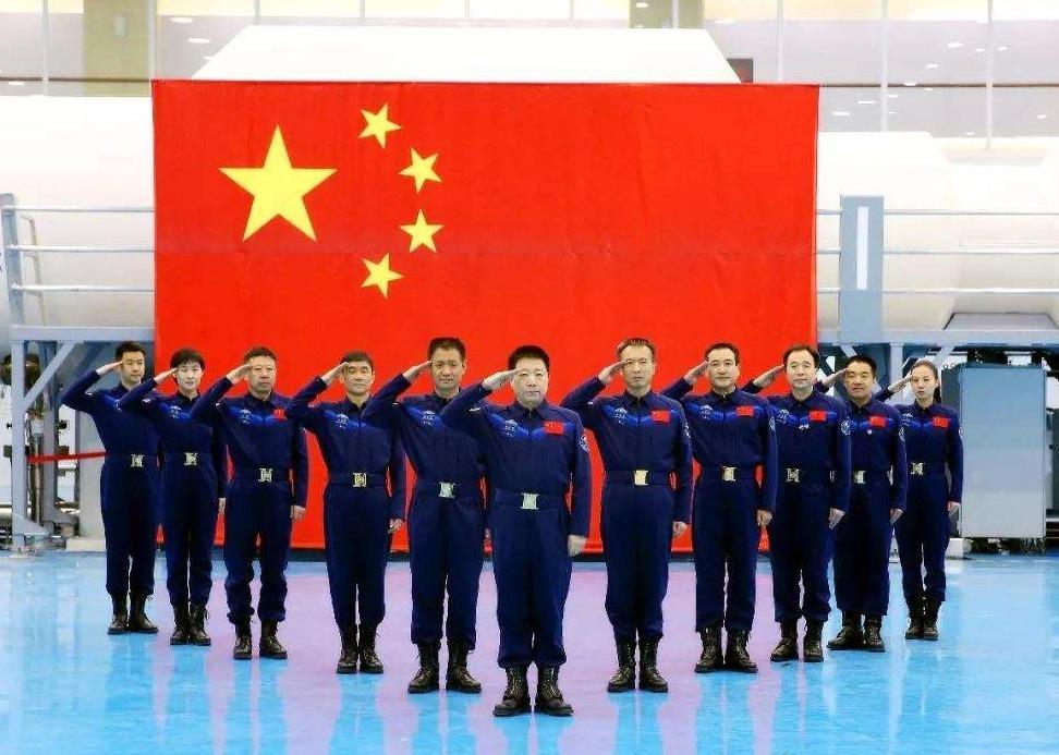 Tiangong - La station spatiale chinoise (CSS) - 2021 - Page 7 YayIRxj9ZBc