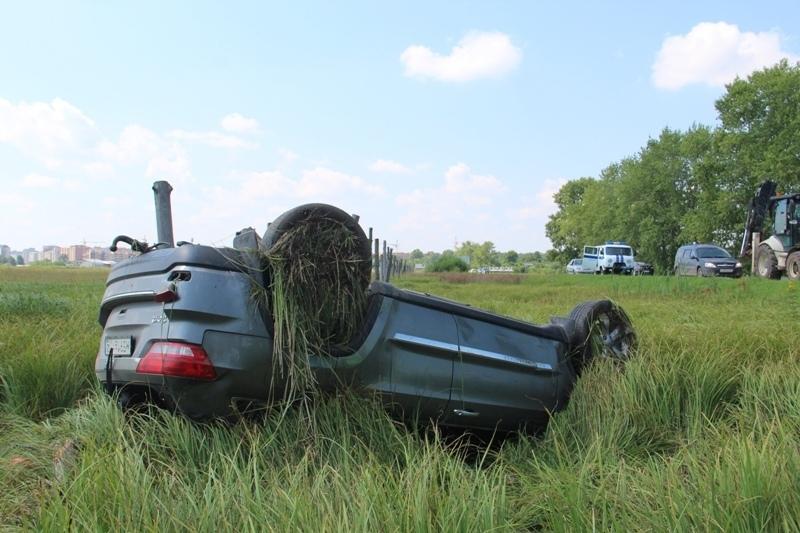 На трассе «Йошкар-Ола – Уржум» столкнулись Jeep и грузовик: есть пострадавшие