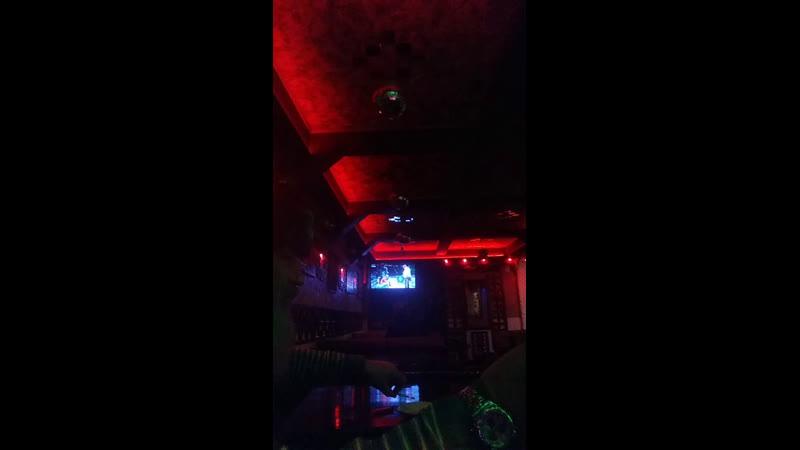 Футбол айда смотреть на Жуковского 57 кафе Печка, Дзюбинио будет песни петь! Санта!