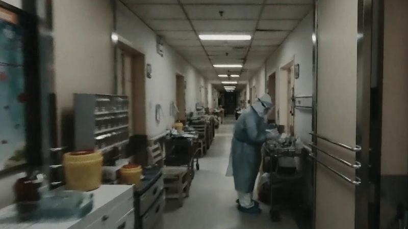 В Китае эпидемия коронавируса достигла своего пика но число заболевших продолжает расти