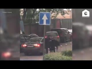 Кадры стрельбы на юге Москвы около ЖК Ясныи
