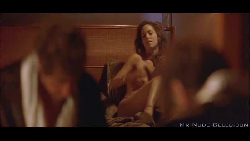 Elizabeth Berkley Showgirls Nude Scenes