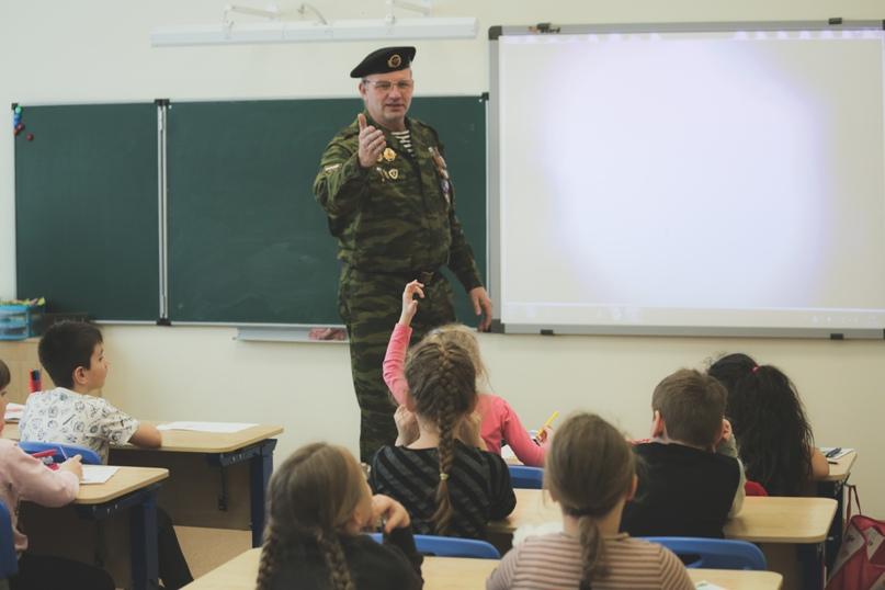 Ветераны морской пехоты провели Урок мужества в Нижнем Новгороде, изображение №3