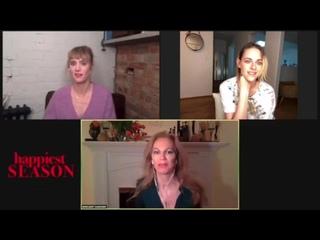 """Kristen Stewart and Mackenzie Davis interview during 'Happiest Season"""" press junket"""