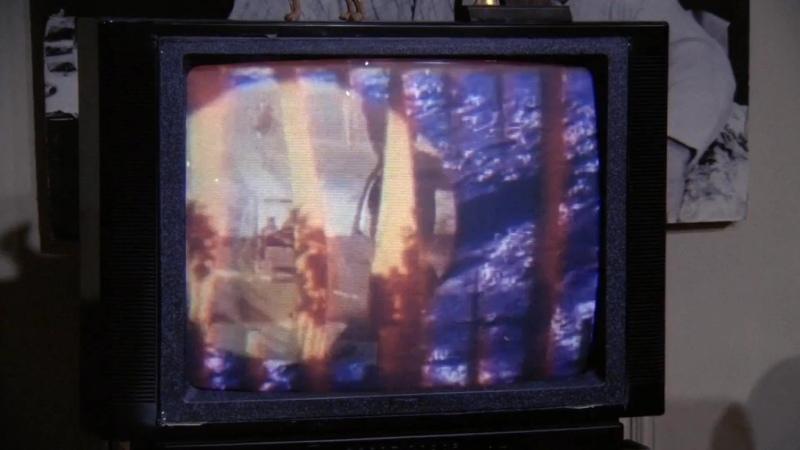 Беги Ясмин БЕГИ Джоуи и Чендлер смотрят BAYWATCH Т с Друзья с2э17