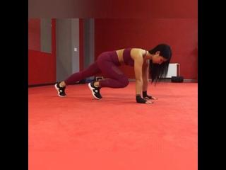 Небольшой домашний комплекс для здоровья вашей спины и укрепления мышц кора.