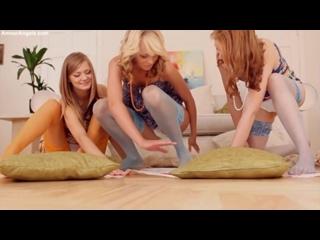 AmourAngels - Ksenija, Patritcy, Eve - Sexy Twister