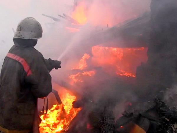 В Азове при пожаре погиб мужчина  Возгорание начал...