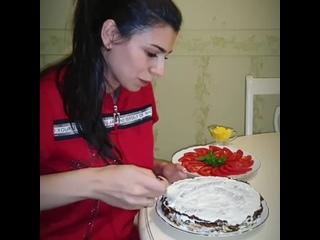 Кабачковый торт (ингредиенты в описании видео)