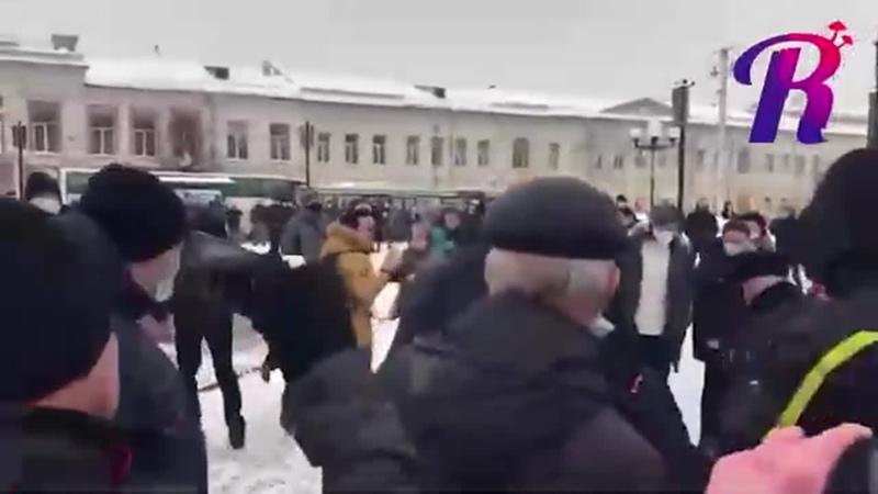 Владимирский районный суд приговорил Виталия Тимофеенко к трем годам колонии