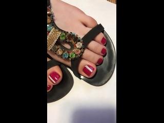 วิดีโอโดย Elena Logvin