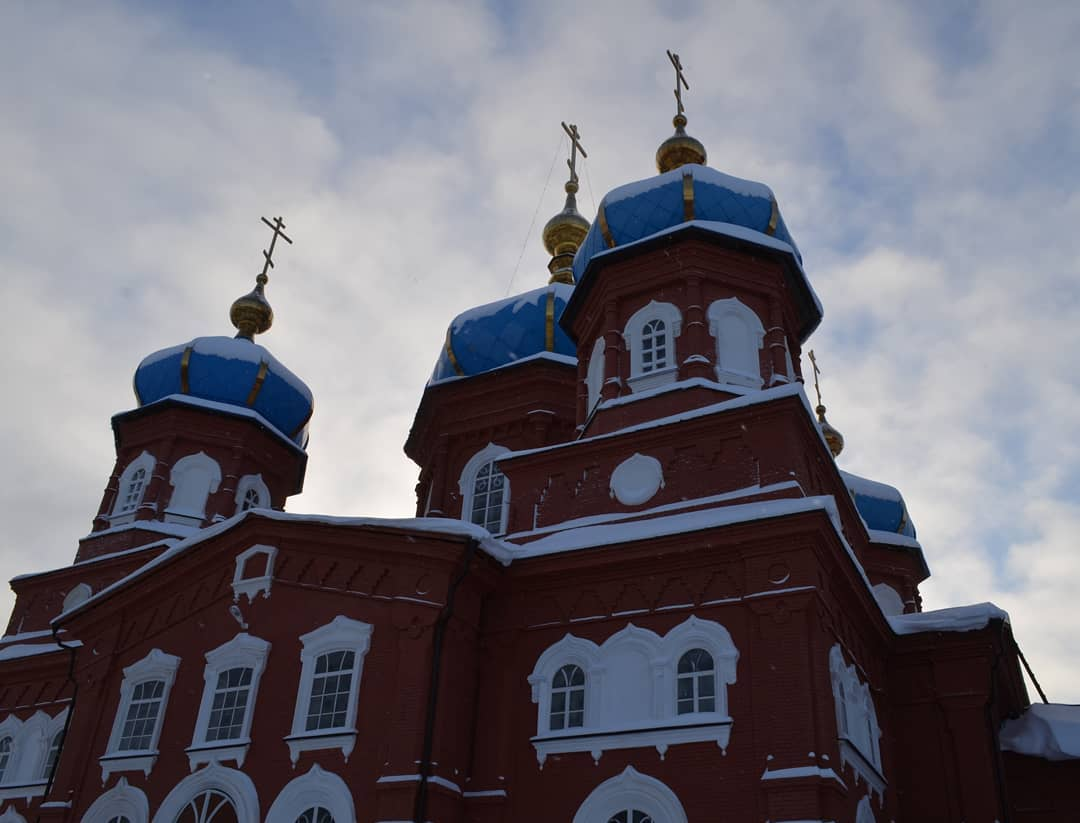 Петровское благочиние сообщает время богослужений в рождественские дни
