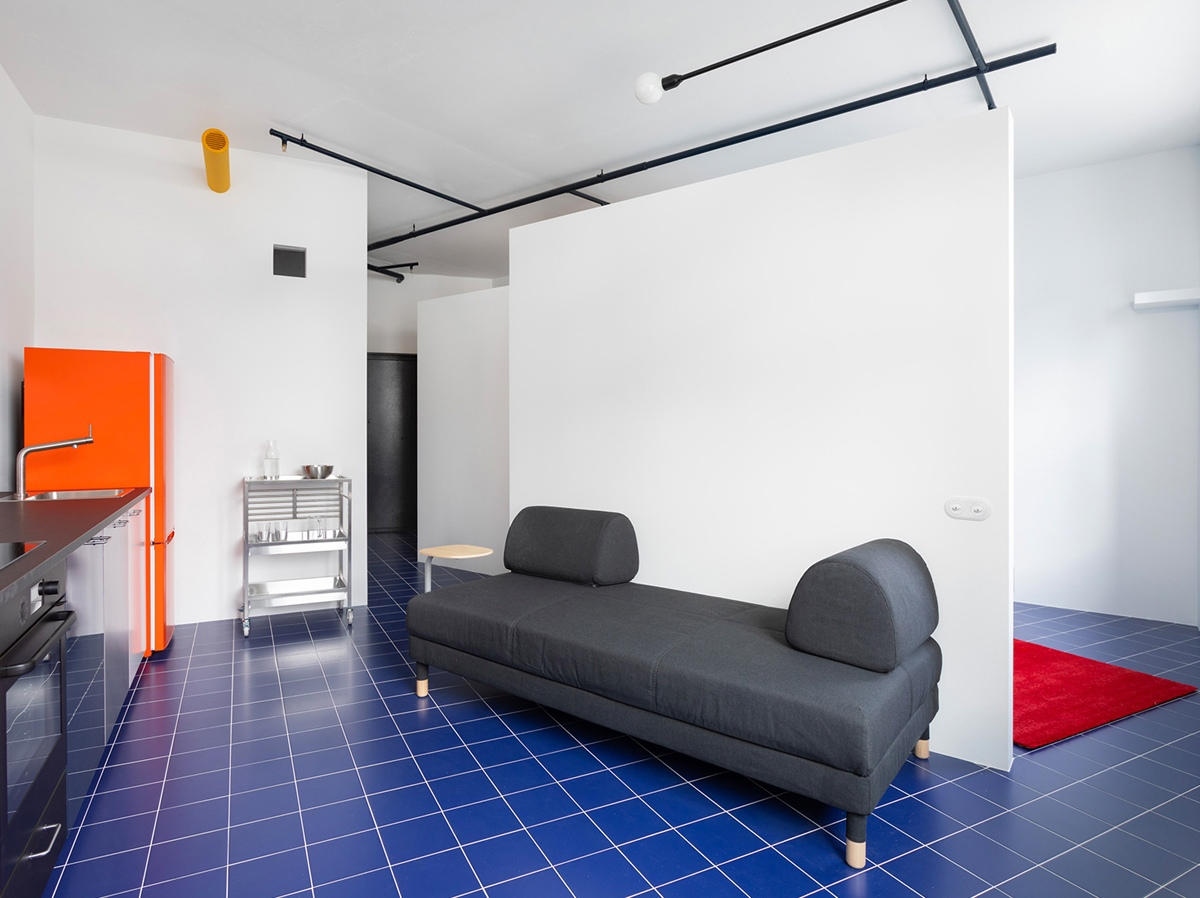 Оригинальный дизайн квартиры сложной планировки 31 кв.