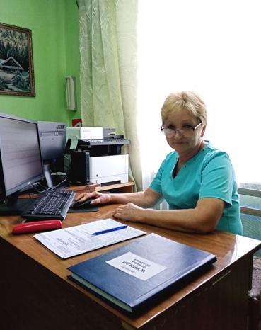 Тимонина Людмила Ивановна – медицинская сестра приёмного отделения, стаж 39 лет.