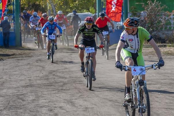 Спортивная команда Троицка «Стихия», клуб «ВелоТочка» совместно с Управлением по спорту и туризму города Троицка 25 сентября провели традиционную