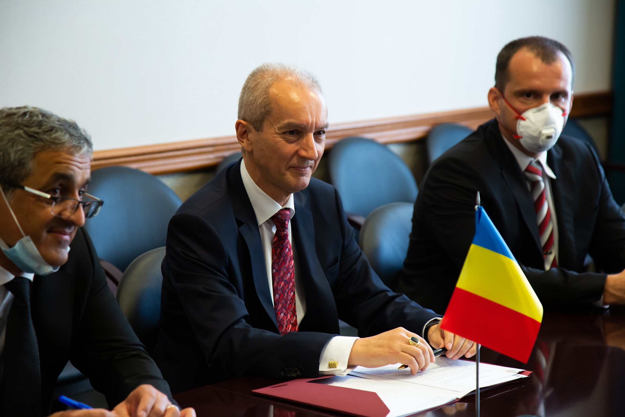 Визит Чрезвычайного и полномочного посла Румынии в ОИЯИ