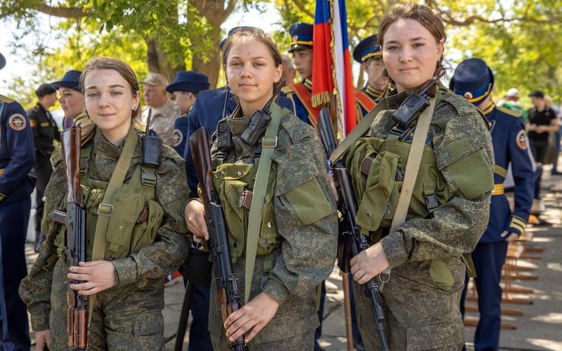 Клубу юных морских пехотинцев «Спарта» присвоили имя Героя Советского Союза, изображение №4