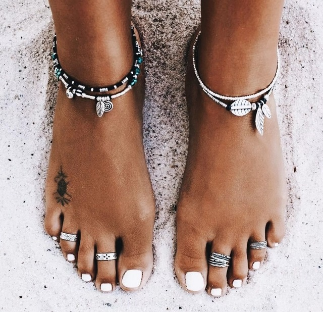 Кольцо на пальце ноги: как выбрать и как носить, какие бывают уольца для ног,