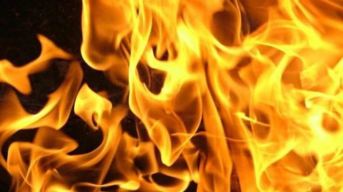 Сотрудники пожарной части №52 по охране Петровска выезжали на экстренный вызов о пожаре