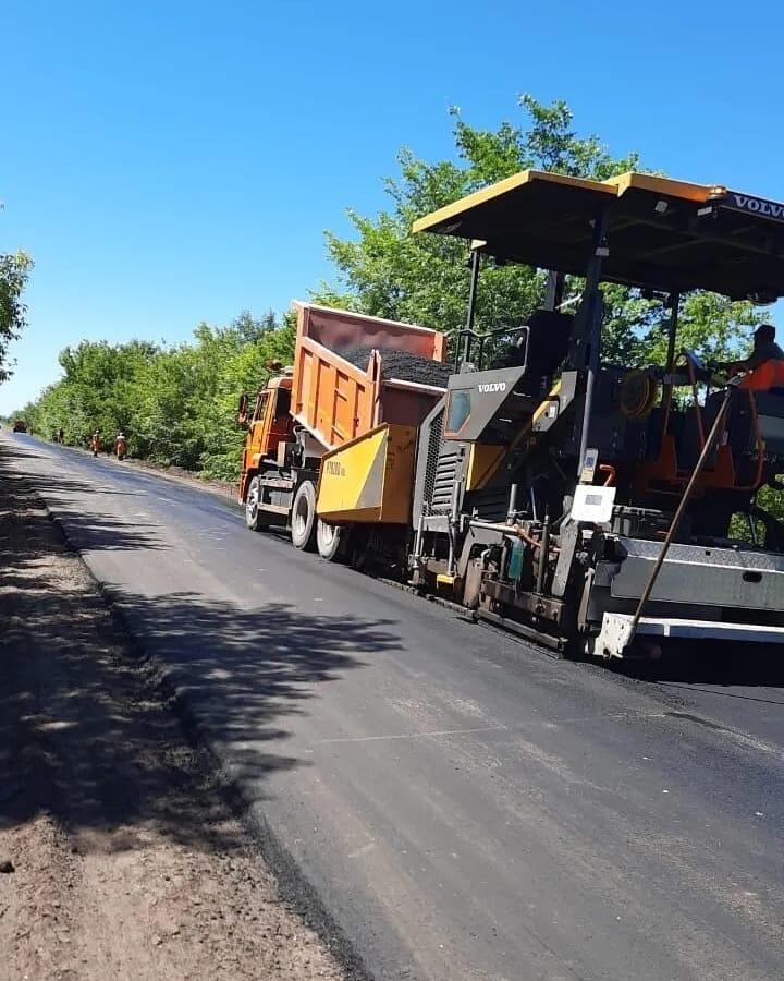 В Петровском районе продолжается ремонт дорог
