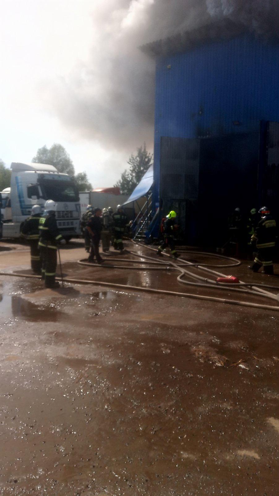 сгорел ангар на Баумана в Нижнем Новгороде 18 июля