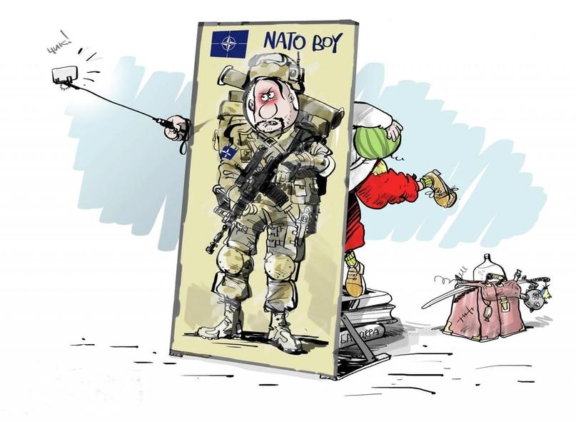 В НАТО рекомендовали Украине сконцентрировать усилия на внутренних реформах