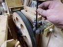 Установка пильной ленты на пилу и ее регулировка