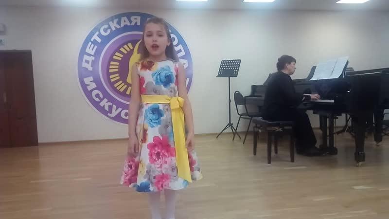 Котова Екатерина - «Светлячок» (муз. Е. Зарицкой, сл. М. Пляцковского)