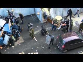 #одесса Сепаратист расстреливает про-украинских активистов под прикрытием ментов