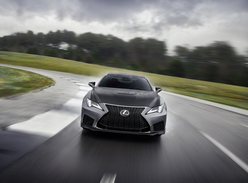 Обновленный Lexus RC F и трековая версия из карбона, изображение №7