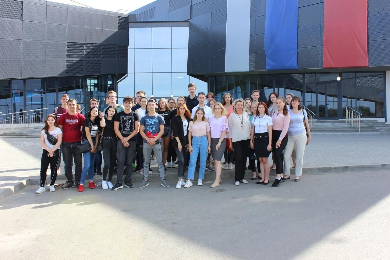Молодежный студенческий актив Таганрога посетил Мемориал Славы Самбекские высоты