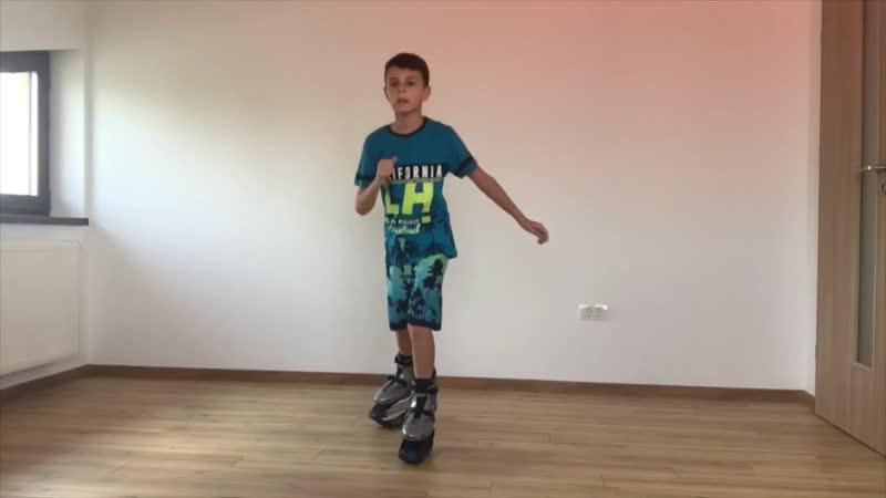 Kangoo Jumps Voodoo Alex Guesta Grazy Loop Joana