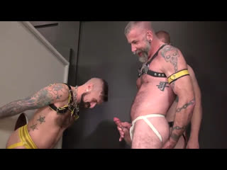 Pissing Bareback Orgy