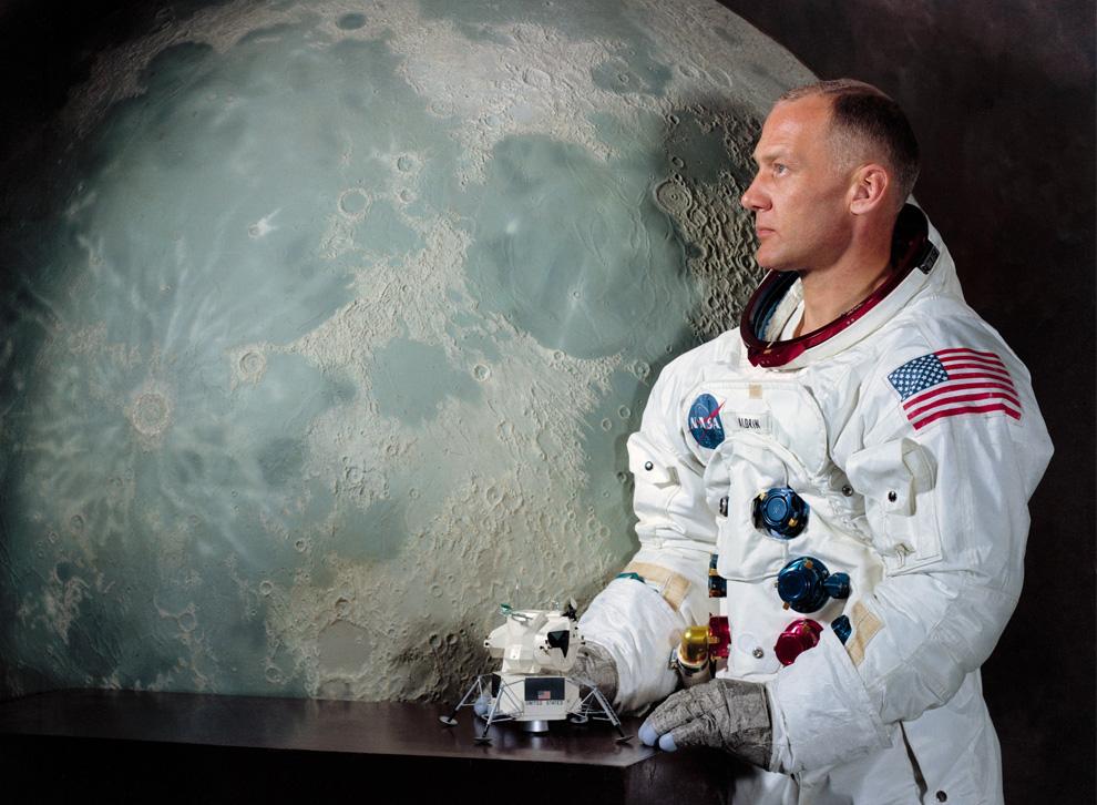 8) Астронавт Базз Олдрин: официальная фотография НАСА. (NASA)