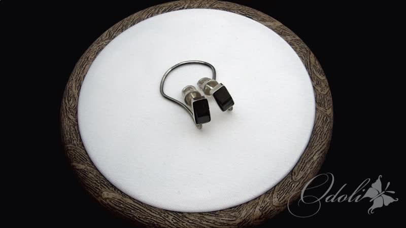 Серьги гвоздики из серебра с шерлом Угольки